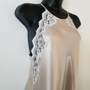 Vintage ivory lace trim high neck nightgown